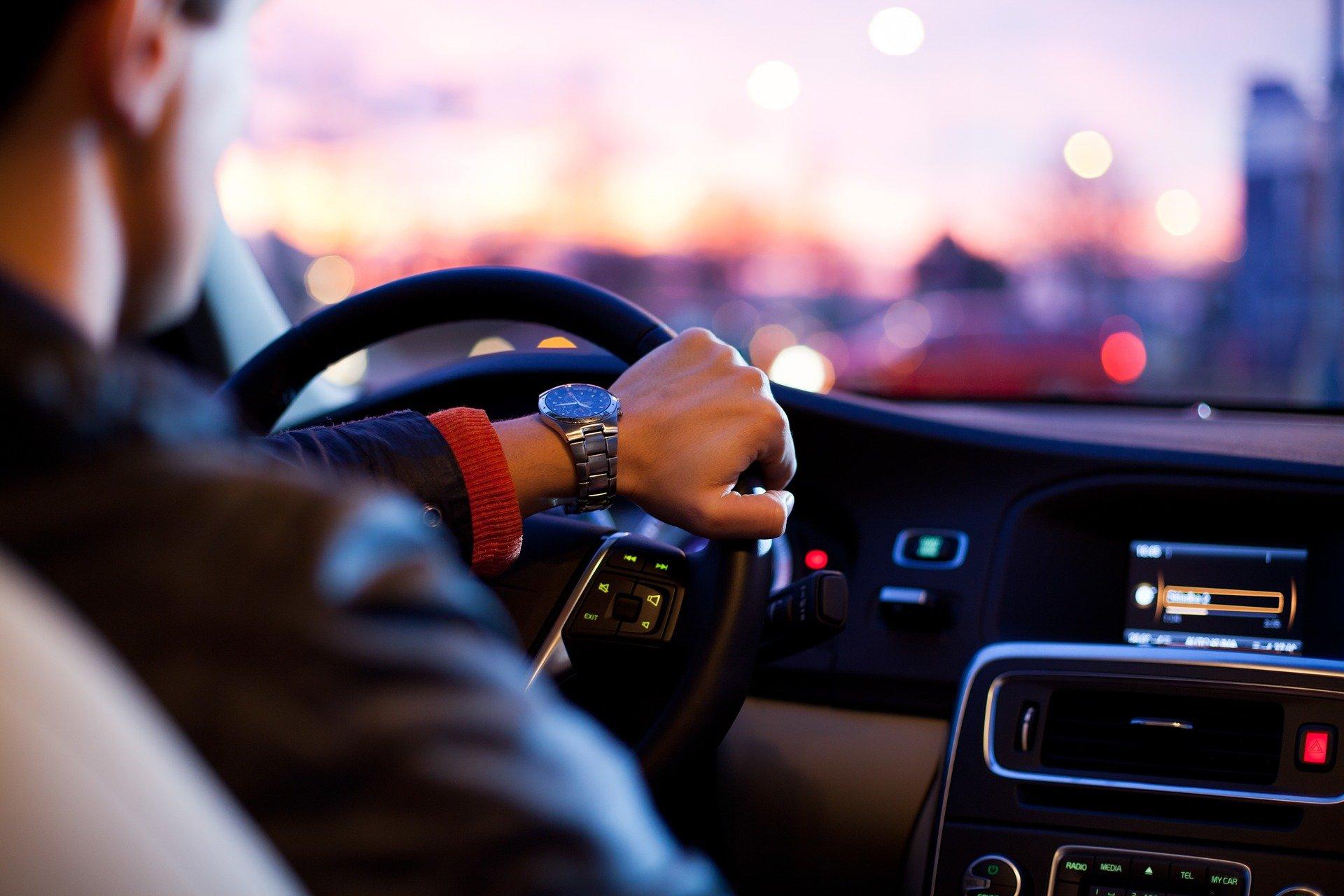 商品を売る際に学ぶべきは自動車業界